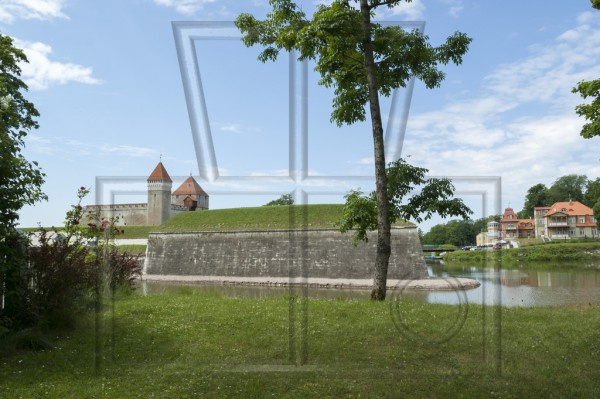 Die Bischhofsburg in Arensburg auf Saareema (Estland)