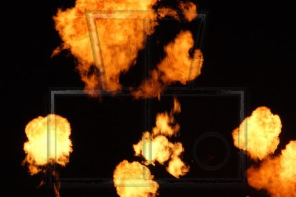 Feuerbelle in der Dunkelheit